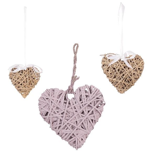 corazón de mimbre decorativo